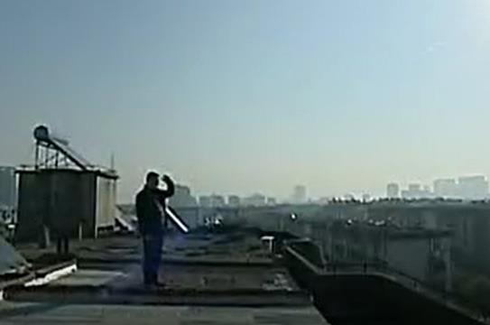 城事纪录:屋顶养鸽人何德顺
